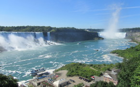 Niagara Falls vs Iguazu Falls: Two of the best water falls in the world.