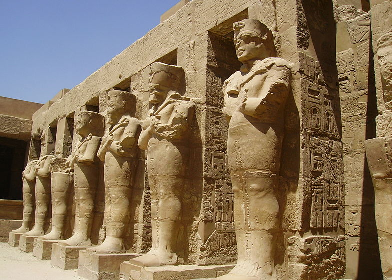 the structuires of ramsees ii Northwest of seti i's temple, this smaller, less well-preserved, roofless structure  was built by his son ramses ii (1279–1213 bc) following the rectangular plan.