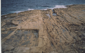 BEACH IN MALTA, ROCKY BEACH IN MALTA, ROCKY BEACH IN VALETTA