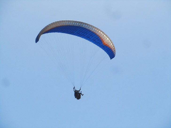 medellin paragliding, paragliding in medellin, para gliding in medelin, things to do in medellin, medellin tourist attractoins