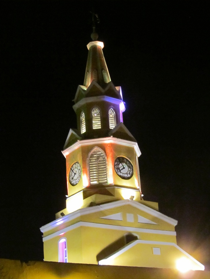 cartagena clock tower, clock tower, pictures of cartagena, photos of cartagena