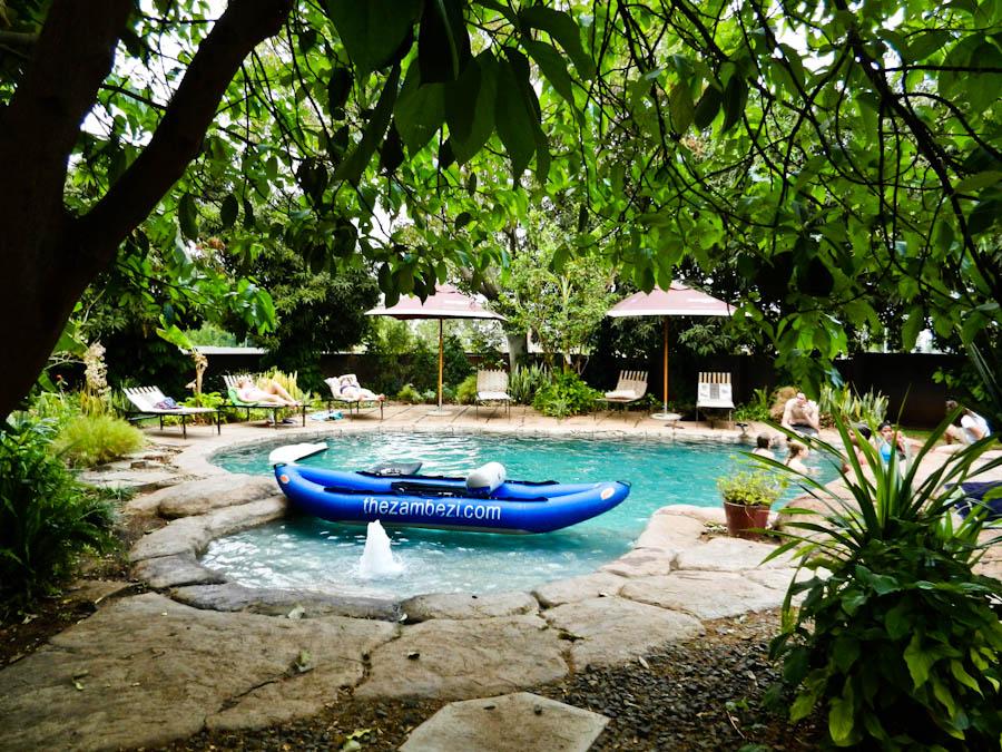 Hostels at Victoria Falls, hostels in livingston