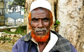 red beards, henna beards in Somalia, Somali beards, why do Somali men paint their beard's red