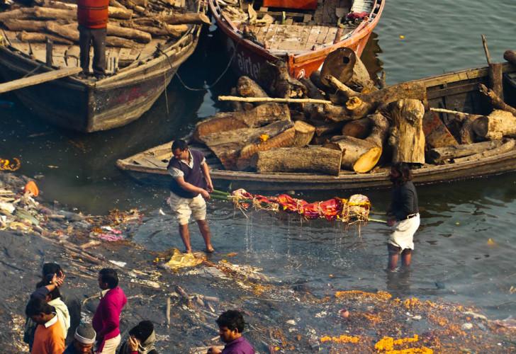Dead Bodies Varanasi India