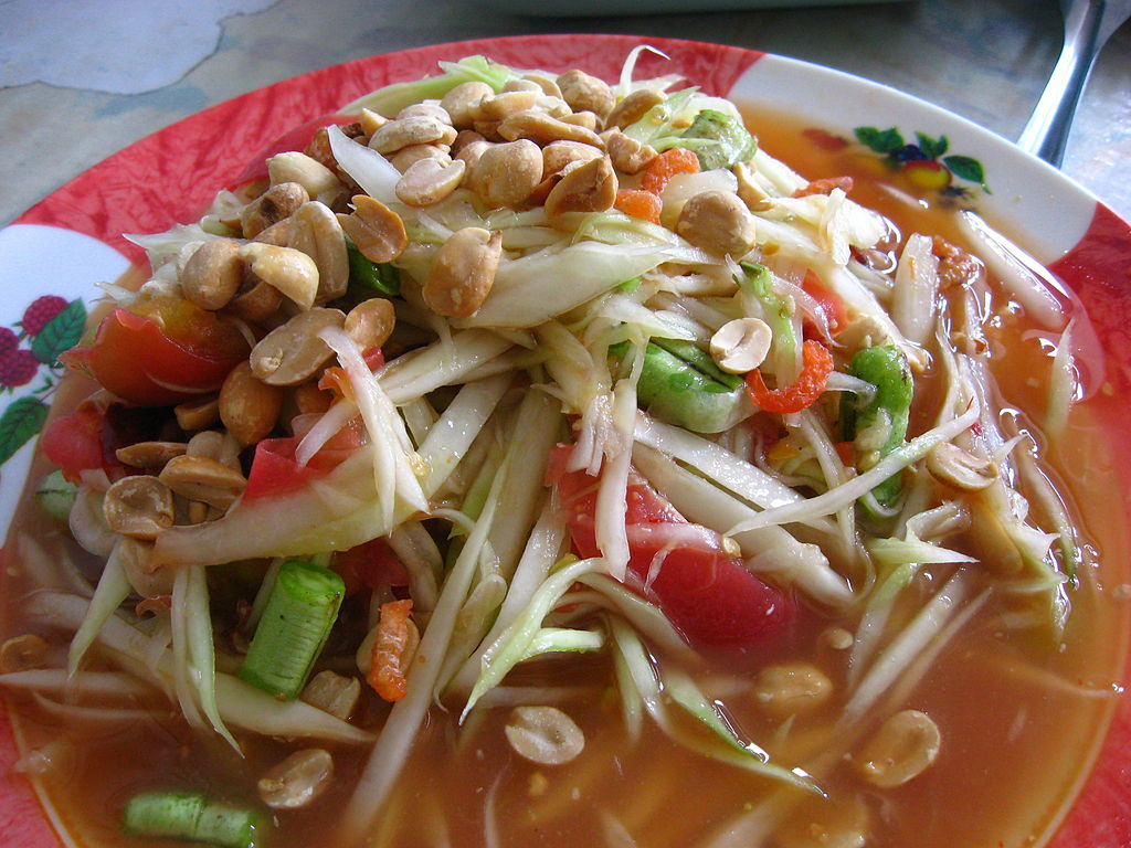 the wonderful diversity of thai cuisine  som tam thai papaya salad