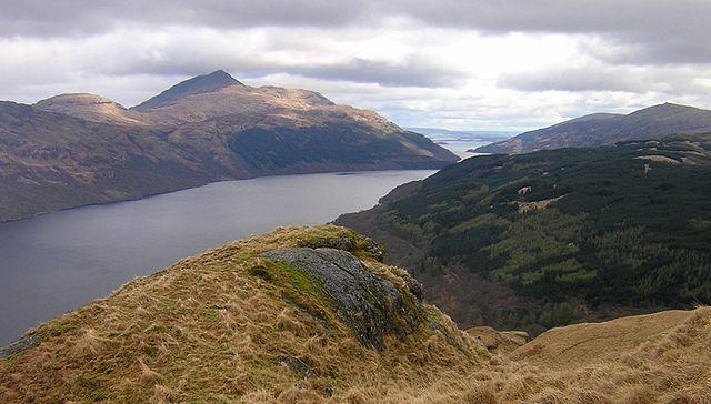 640px-Loch_Lomond_view