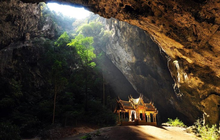 top thailand tourist attractions