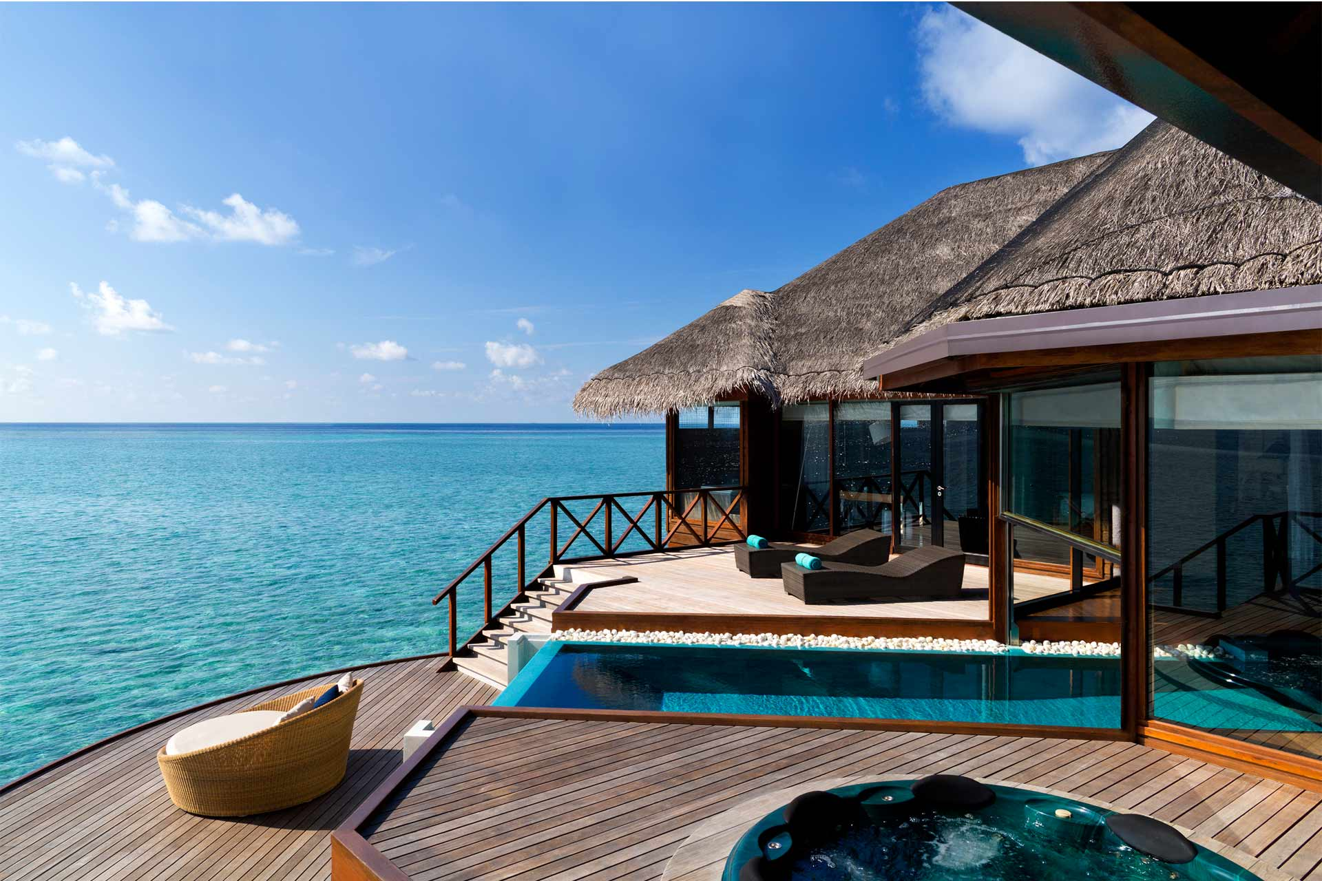 Maldives luxury travel resorts