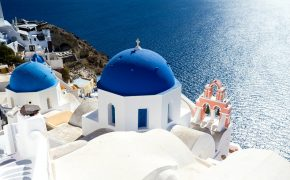 things to know about traveling to santorini