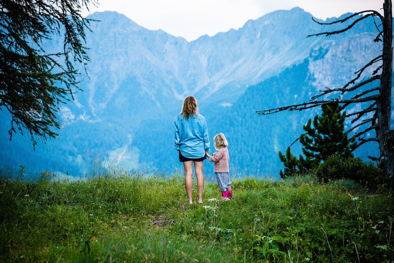 Travel Careers for Moms
